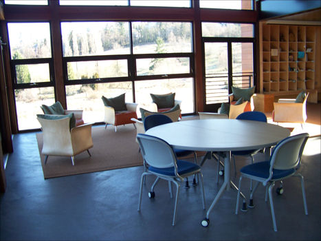 Lewis Creek Visitor Center - standard room configuration
