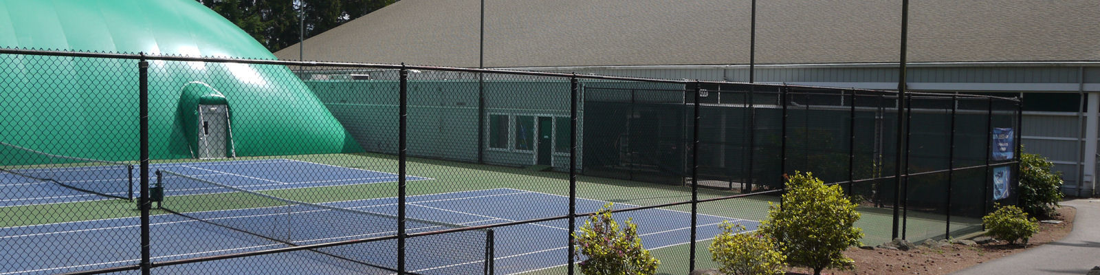 Robinswood Tennis Center - outside